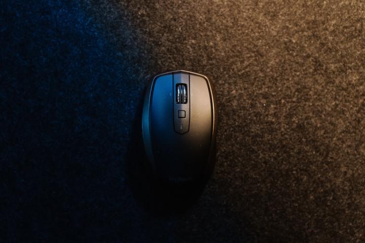 最強のゲーミングマウスはタイプによって違う