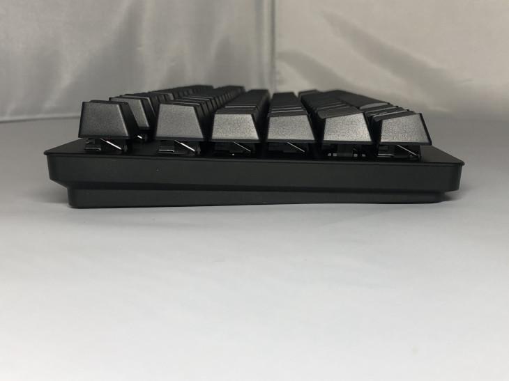 Razer Huntsman TEの形状、外観3