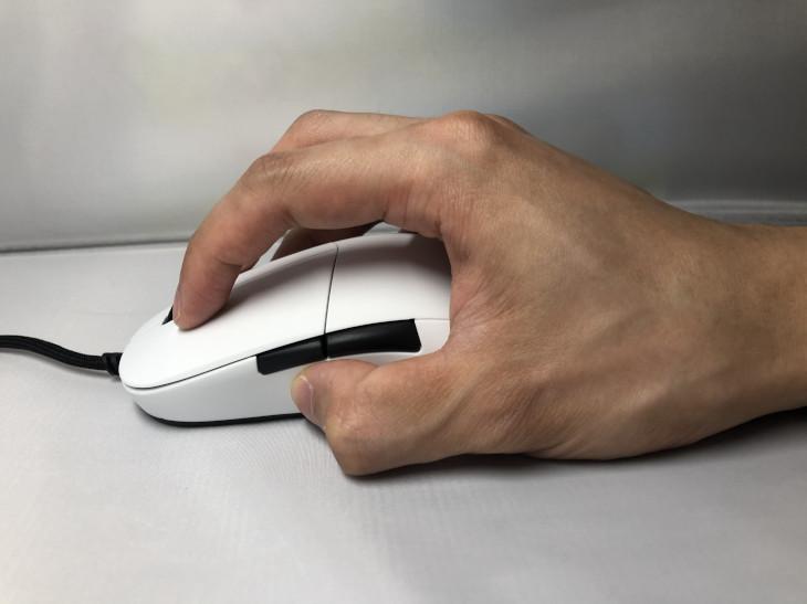 つかみ持ちの特徴と相性の良いゲーミングマウス