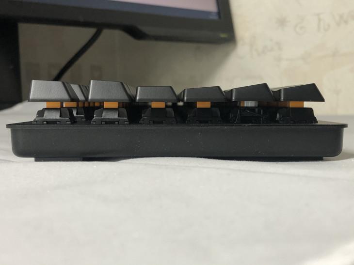 角度調節(スタンド)-Razer BlackWidow Lite-3