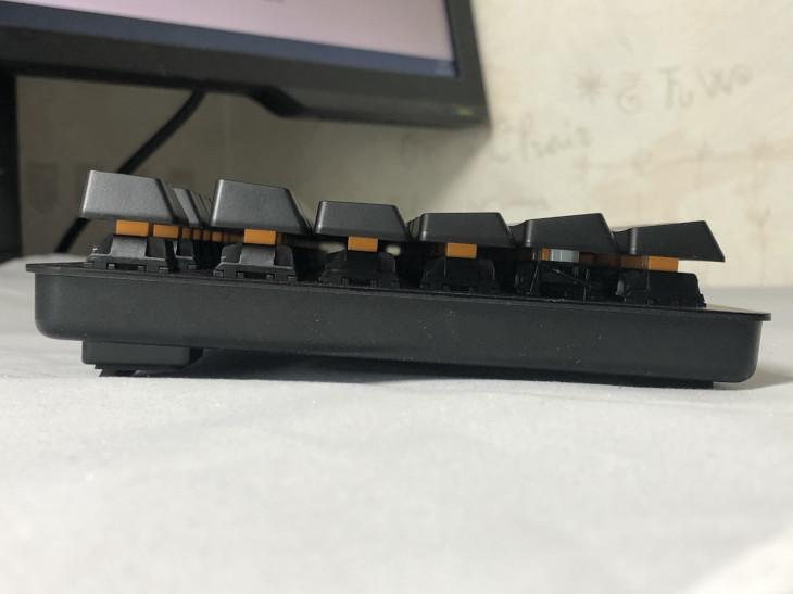 角度調節(スタンド)-Razer BlackWidow Lite-4