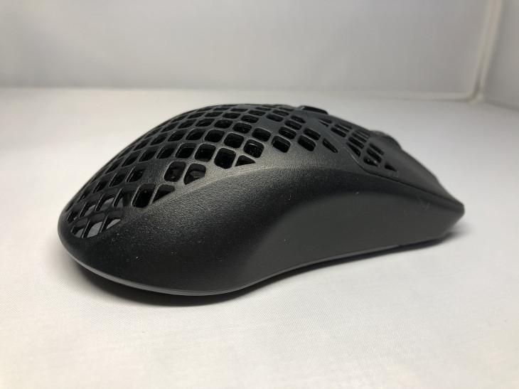 サイドのグリップ-Aerox 3 Wireless-2