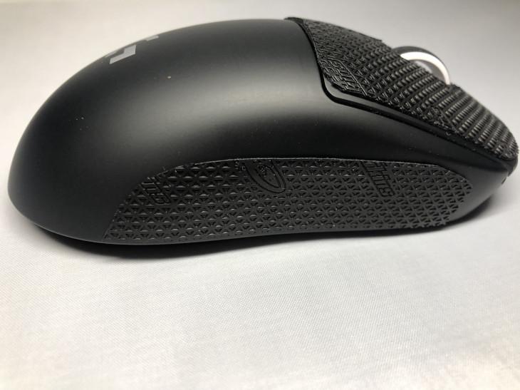張り方 - Lizard Skins DSP マウスグリップ - 4